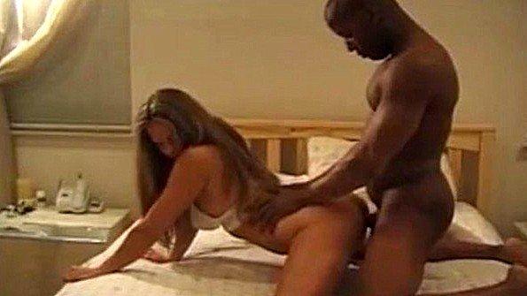 Жена хотела снять свою домашнюю порно