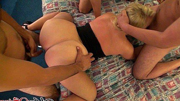 диз)) порно секс женщины ебуца с неграми довольно интересная, можно