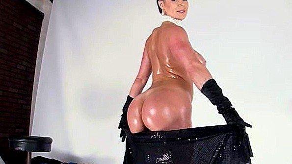 Пародия на Ким Кардашьян с шикарным анальным сексом