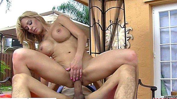 дед ебет бабку домашнее порно
