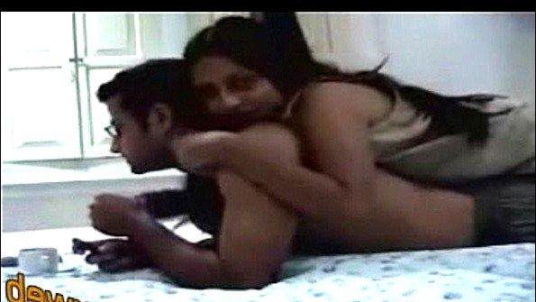 Арабка захотела снять домашнюю порнушку