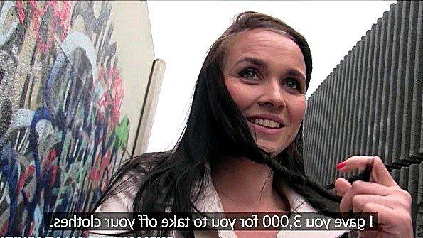 порнуха большой член трахает