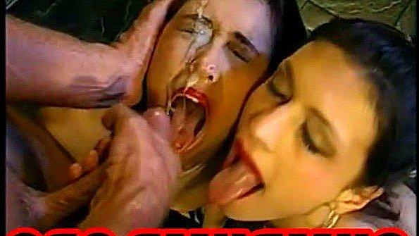 Открывайте девки рощ щас вам спермы туда сбрызнем