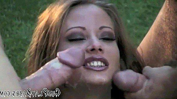 Margo Stevens часто устраивает групповухи с подругами