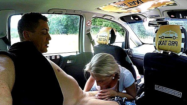 Чешские девушки часто расплачиваются за такси сексом и минетом