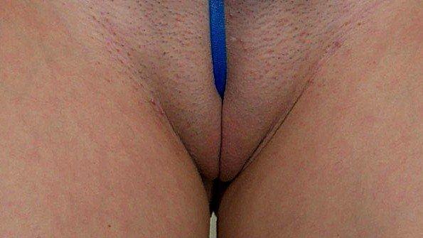 Сексуальный купальник показывающий даже пизду